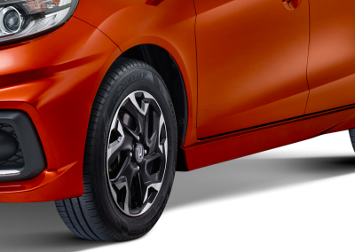 New 15inc Sporty Alloy Wheel Design (Tipe RS)